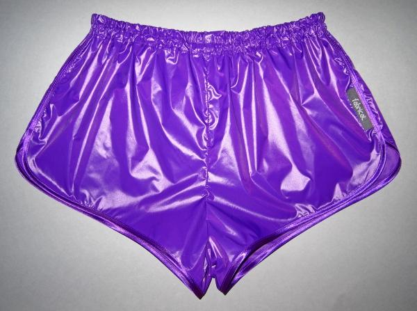 fabricat sprinter shorts glanznylon violet lila