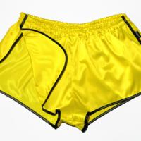 Retro Glanznylon Sprinter Shorts Satin seidenweich für Damen und Herren gold gelb schwarz beinfrei
