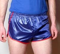 Retro Sprinter Shorts für Herren Nylon glänzend blau rot