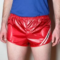 Retro Nylon Sprinter Shorts für Herren glänzend dunkelrot weiß rot Gr. 48,52,56